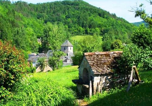 S'installer dans le village de Saint Sylvain