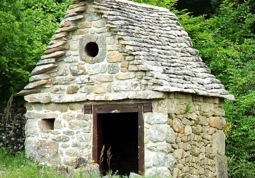 S'installer dans le village de Saint-Martin-La-Méanne